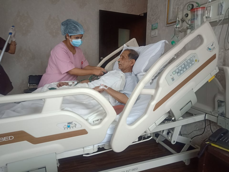 नेकपा (क्रान्तिकारी माओवादी)का महासचिव क.मोहन वैद्य (किरण)अस्पताल भर्ना, स्वास्थ्यमा क्रमिक सुधार